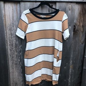Pocketed T-shirt dress size M